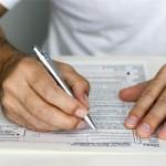 Декларацию о доходах за прошлый год можно подавать до 1 мая