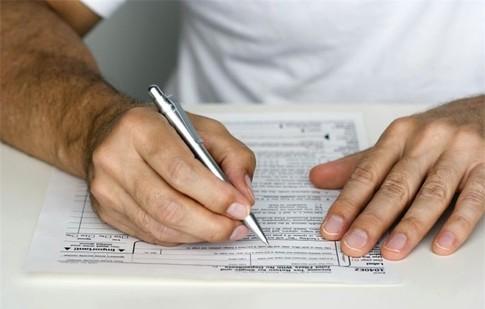 Налоговая «будет исповедовать» на месяц дольше
