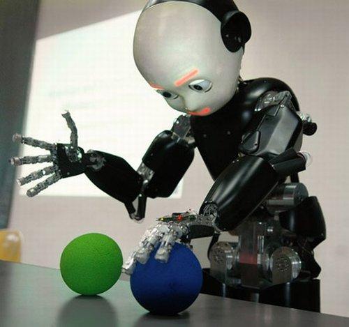Робот-транслятор появится в продаже уже в конце этого года