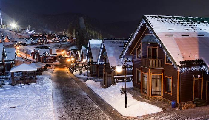 Карпатські курорти підіймають ціни, українці їдуть відпочивати в Європу